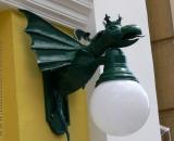 Sárkányos kültéri lámpa(Nyíregyháza)