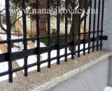 modern kovácsolt kerítés részlet (Budakeszi)